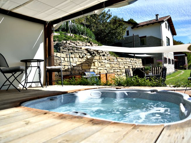 4 Days White Truffle, Wine and Yoga Retreat in Italy
