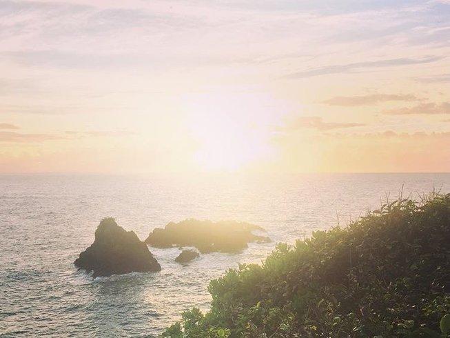 Yoga, détente, SUP, cascades, randonnée et plage à Hawaï, États-Unis