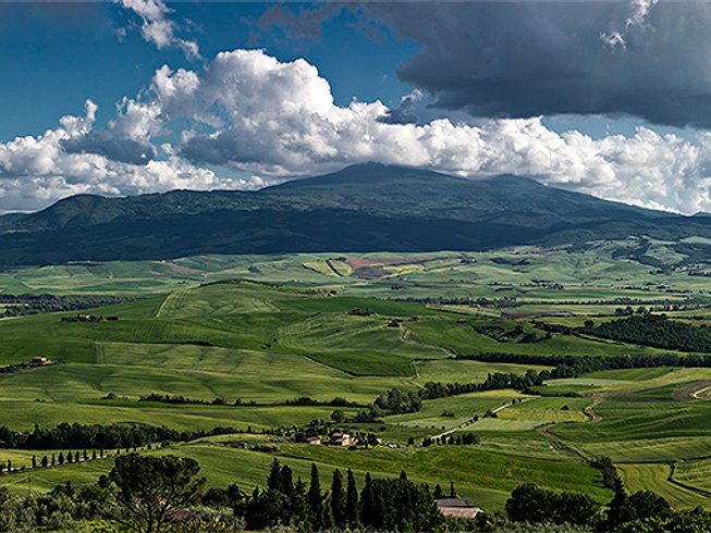 Yoga and Photography Retreat in Tuscany