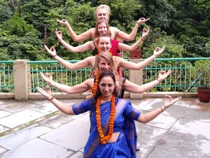 14 Day 100-Hrs Yoga Teacher Training in Rishikesh