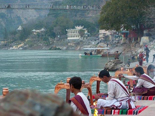 7 Days Beginner Yoga Retreat in Rishikesh, India