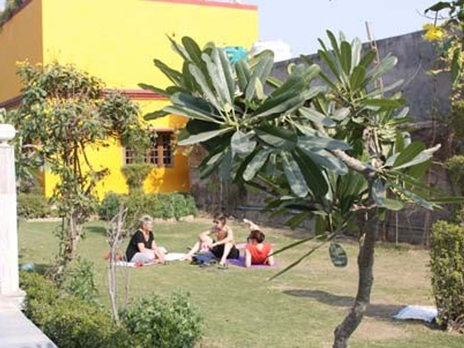 22 Days Weight Loss Yoga Retreat in India