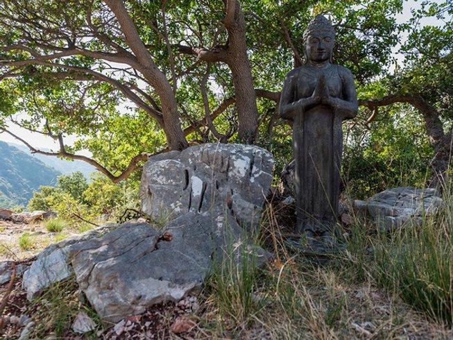 8 Tage Yoga und Entspannung Herbst Retreat zwischen Bäumen und Wäldern in Griechenland