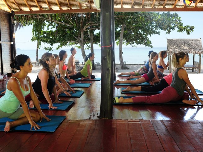 10 Days Paradise Meditation and Yoga Holiday in Koh Phangan, Thailand