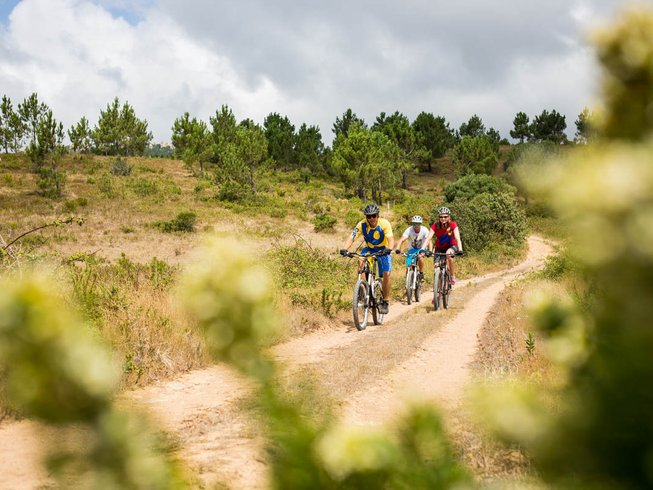 8-Daagse Betaalbare Mountainbike en Yoga Retraites in Colares, Portugal