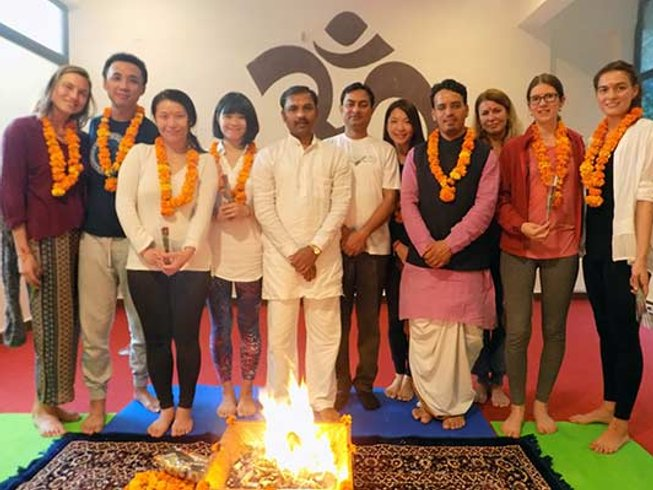 42 Days 300-Hour Yoga TTC in Rishikesh, India