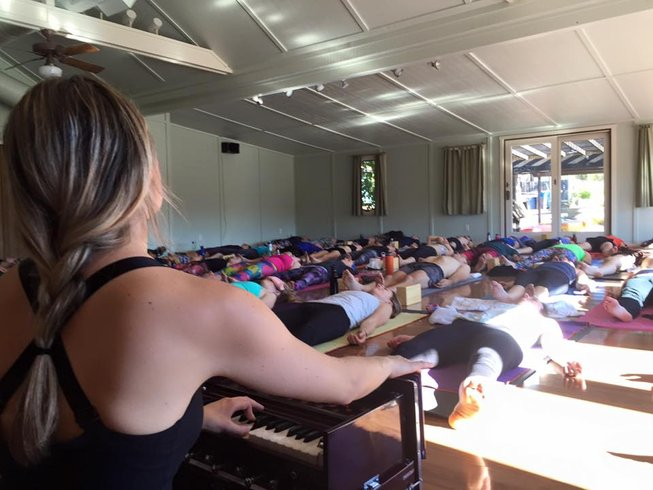 3 Days Thanks Flowing Yoga Retreat in USA