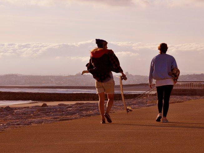 8 Tage Surf und Yoga Urlaub für Frauen in Lissabon, Portugal