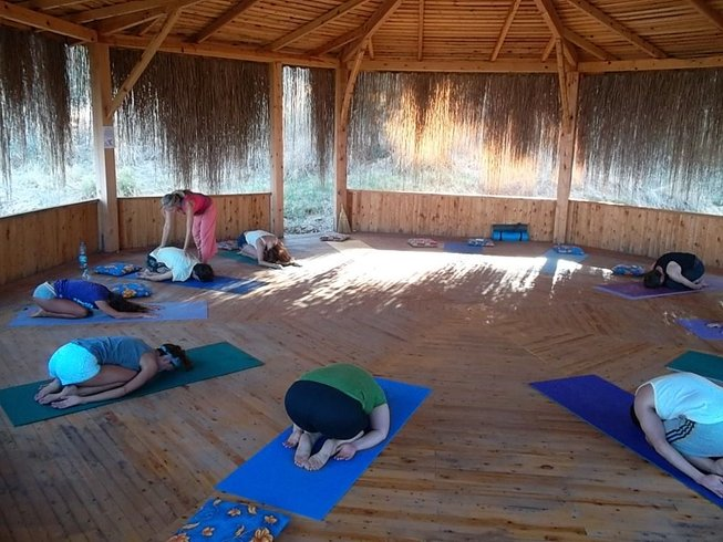 8 Days Detox, Fasting, and Yoga Retreat in India