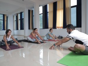 14 Day Meditation and Yoga Retreat in Rishikesh