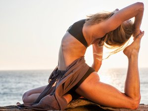 8 Day Yin Vinyasa Solo Yoga Retreat in Paros