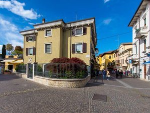 7 Day Personalized Yoga Retreat in Lake Garda, Veneto