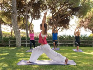 4 Day Experience Yoga Retreat at a Luxury Resort on a Beautiful Clifftop Setting in Algarve