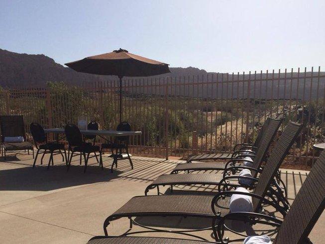 4 Days Hiking and Yoga Retreat in Utah, USA