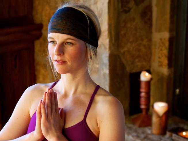 Women's Winter Wellness Yoga & Ski RE:treat