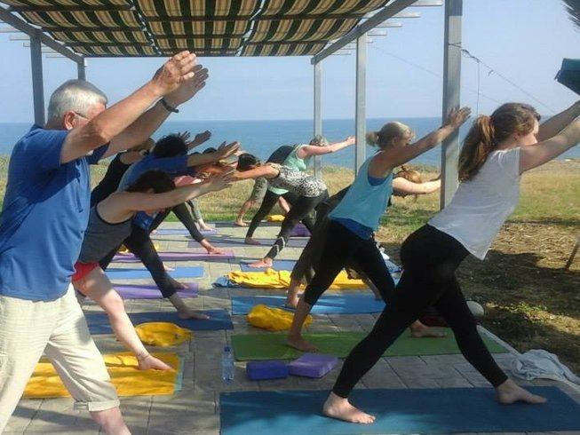 3 Days Luxury Weekend Yoga and Meditation Retreat in UK