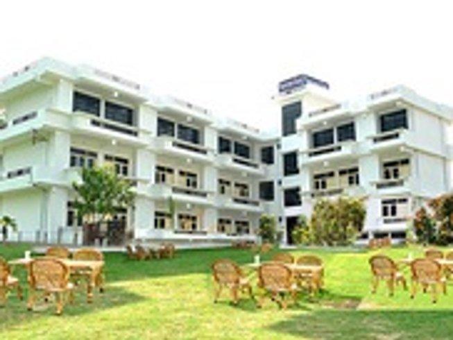 22 Days 200hr Ashtanga/Hatha TTC in Rishikesh, India