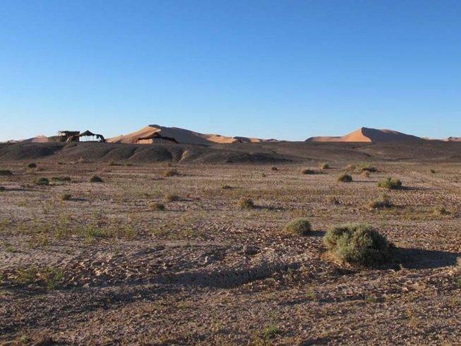 12 días de viaje redondo y retiro de yoga con meditación y pranayama en el desierto de Marruecos