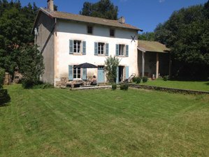 6 Day Back to Simplicity Yoga Retreat in Saint Alire d'Arlanc, Auvergne