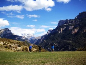 7 Days Yoga, Meditative Hiking & Stars Retreat in Spain