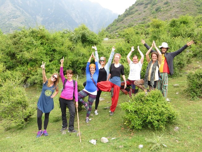 8 Days Outdoor Himalayas Yoga Retreat India
