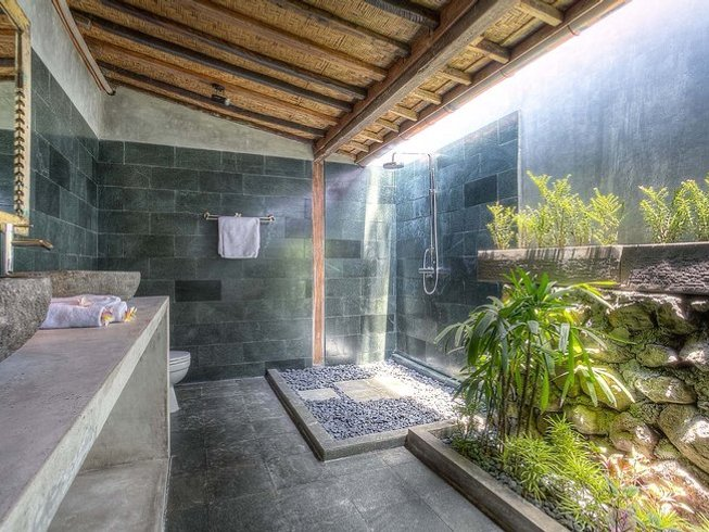 15 Days Couples Surf Camp and Yoga Retreat in Bali, Indonesia
