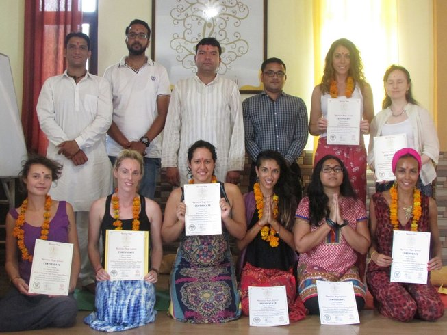 28 Days 200 Hours Yoga Teacher Training in Rishikesh