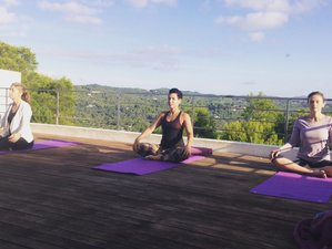 5 Days Pure Wellness Yoga Retreat in Ibiza, Spain