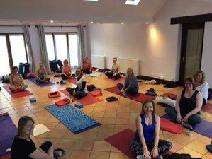 3 Days Yoga and Fitness Retreat in UK