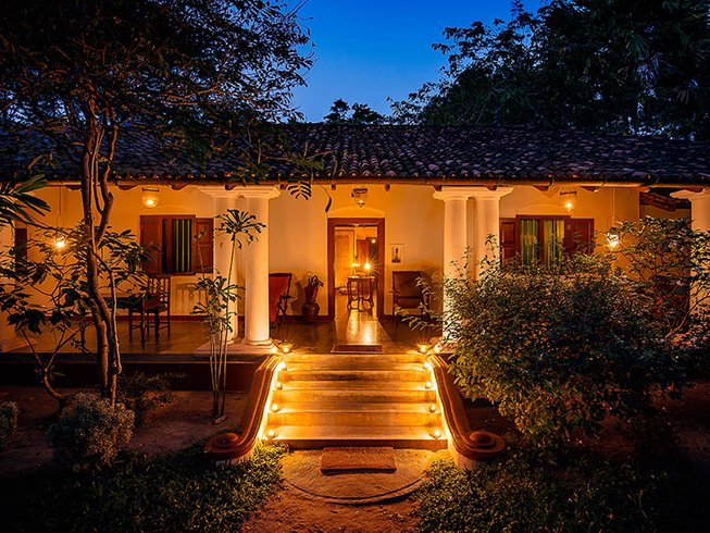 15 Days Prana Flow Yoga Retreat in Dambulla, Sri Lanka