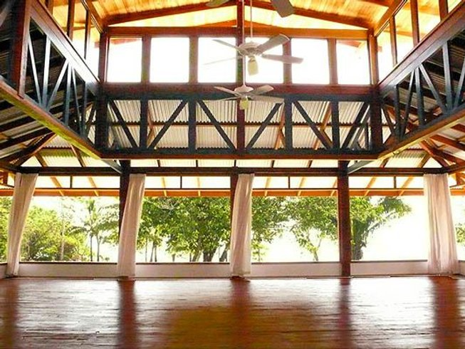 8 Days Gay Yoga Winter Soulfest in Costa Rica
