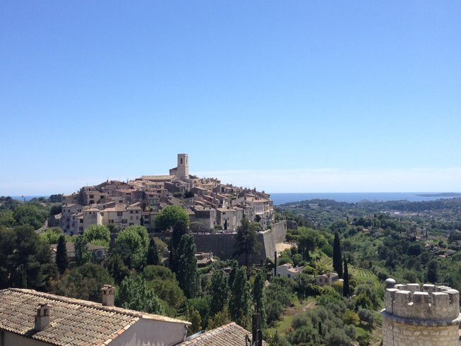 8 Days Culinary Vacation, Hiking and Yoga Retreat in the South of France