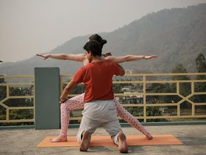 7 Days Beginner Meditation and Yoga Retreat in India