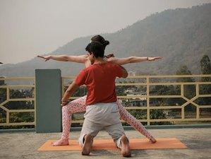 7 Tage Meditation und Yoga Retreat für Anfänger in Ram Jhula, Rishikesh