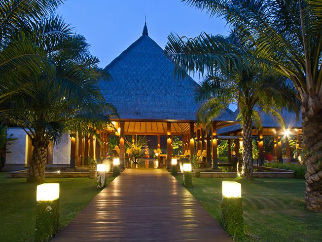 8 Days Diving, Meditation, and Yoga Retreat in Bali