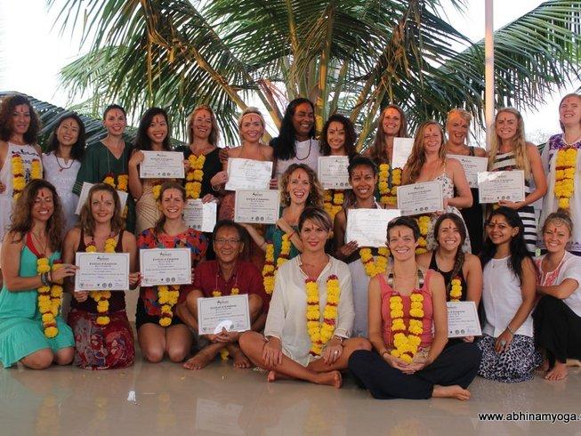 24-Daagse 200-urige Ashtanga Yoga Docentenopleiding in Goa, India