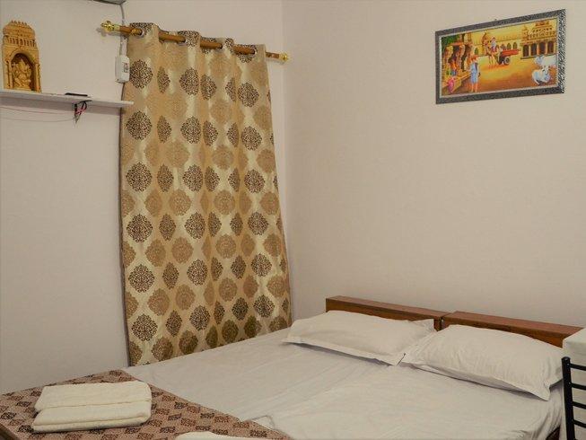 15 jours-100 heures de formations de professeur de méditation à Rishikesh, Inde