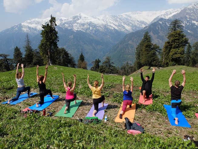 13 jours en stage de yoga et trekking en Inde