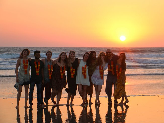 36 días profesorado de yoga (300 horas) en Goa, India