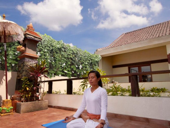 8 Days Couples Surf, Yoga, Cooking Holidays in Bali