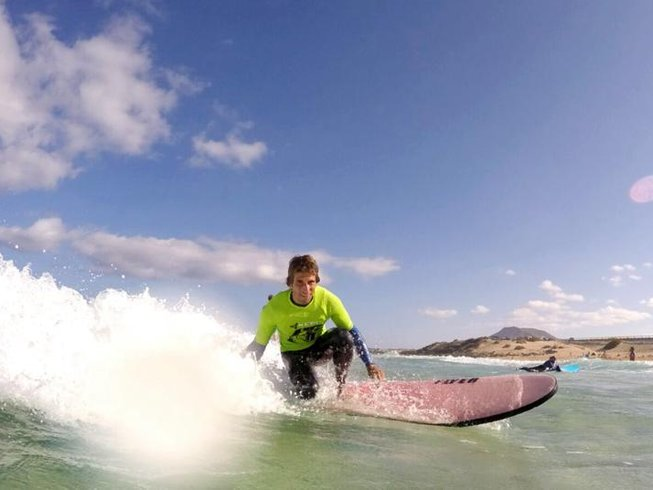 8 Days Yoga, SUP, and Surf Camp in Corralejo, Spain