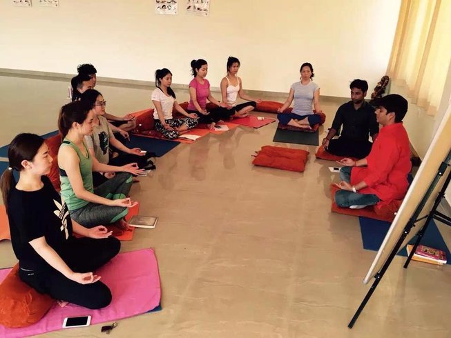 29 Days 200-Hour Hatha Yoga Teacher Training in Rishikesh, India