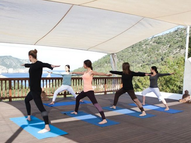15 Days Beginner Yoga Holiday in Ibiza, Spain