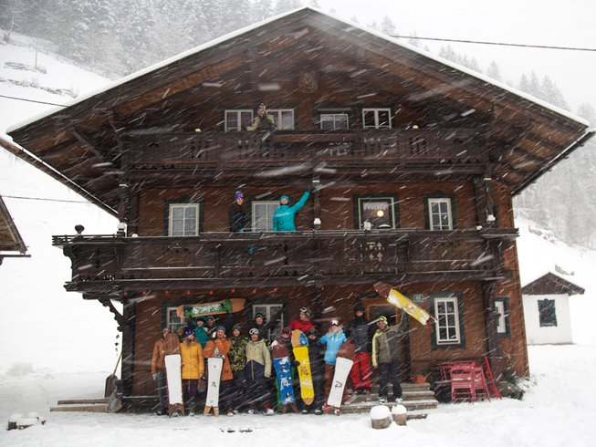 7 Days Snow, Outdoor and Yoga Retreat in Austria