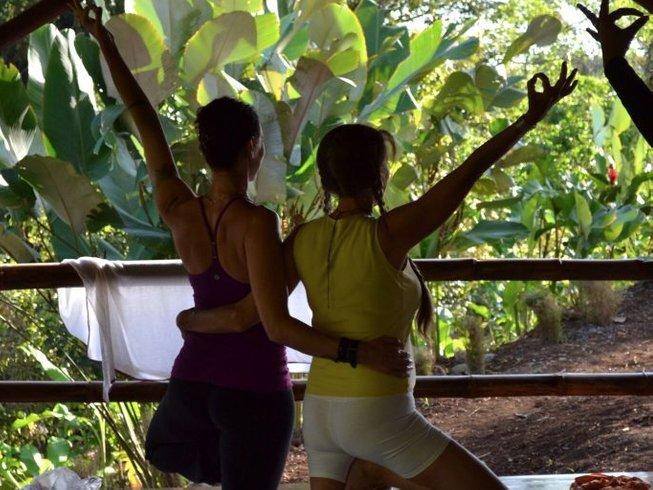 8 días retiro de yoga y pilates en la provincia de Alajuela, Costa Rica