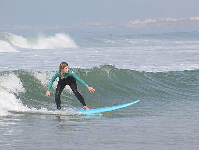 8 días de Pura Vida, surf y retiro de yoga en Lourinhã, Portugal