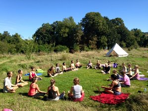 3 Days Autumn's Fire Yoga Retreat in UK