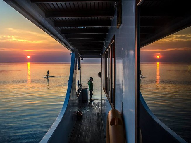 7 Days Surf Camp in the Male Atoll, Maldives