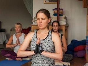 3 Days Autumn Weekend Yoga Holiday in Glastonbury, UK