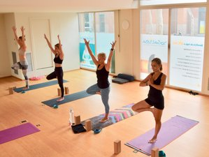 29 Days 200-Hour Hot Vinyasa Yoga Teacher Training in Barcelona, Spain